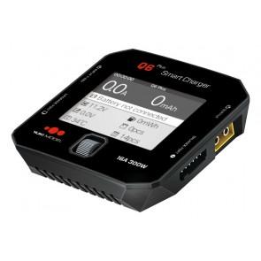 Ladegerät SMART CHARGER Q6 Plus ohne Netzteil mit max. 300 W Leistung, bis zu 16 A Ladestrom und LC-Farbdisplay